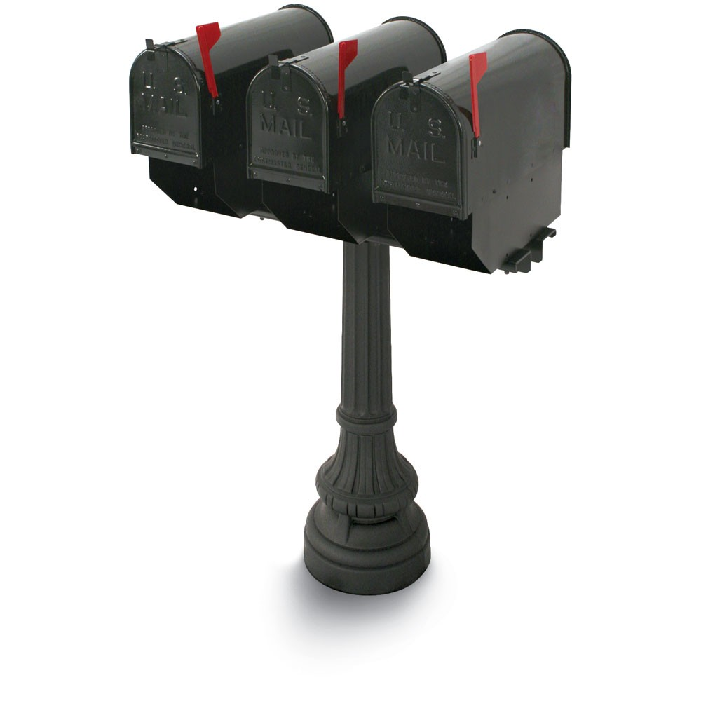 Underwood Classic Colonial Triple Residential Mailboxes & Post